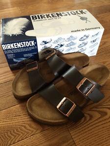 Like New Birkenstock Arizona Sandals