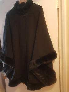 Jacques Vert - Black Wool Cape with fur trim and satin lining.