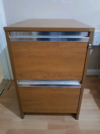 Filling Cabinet / Chest of drawers