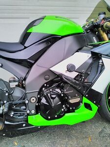 KAWASAKI ZX10R 2009 SPECIAL EDITION WITH EXTRAS Windsor Region Ontario image 3