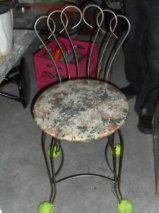 Chaise de jardin pour plante