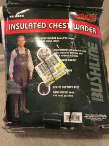 BUSHLINE INSULATED CHEST WADER SIZE 11 NEW