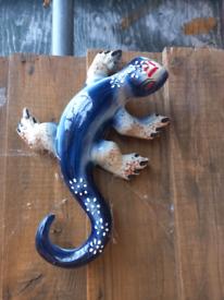 Blue lizard Garden ornament/pots