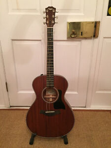 TAYLOR 322E GUITAR - 2016 NEW IN THE BOX!
