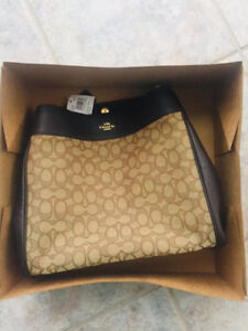 Classic COACH purse, never used, tags still on, brand new