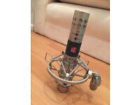 SE4 Small Diaphragm Condenser Microphone
