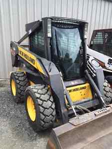 New Holland Skidsteer L185 (Low Hours)