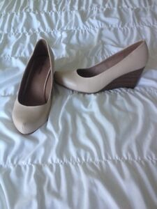New Nude wedges size 10