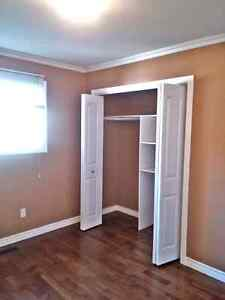 ROOM FOR RENT !!