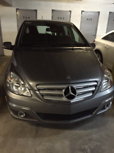 2009 Mercedes-Benz 200-Series Hatchback LOW MILEAGE