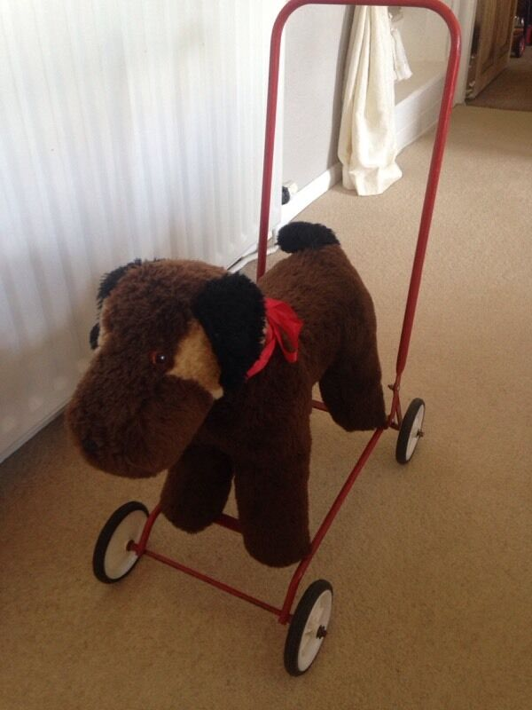 Antique push along childrens dogin Spilsby, LincolnshireGumtree - Childrens antique push along dog great condition. Any questions please email or phone 07914694525