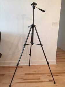 trépied pour caméra