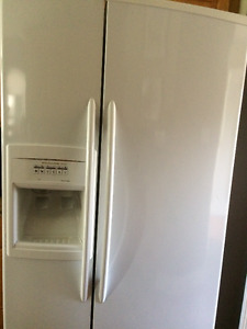 22 cubic foot  white KitchenAid fridge with ice/water dispenser
