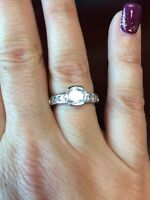 Elle sterling silver ring size 8