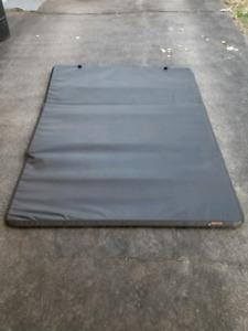 Tonneau Cover. Tri-fold