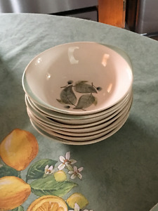 OFFERS? WEDGWOOD Bowls, Cups, Saucers WOODBURY Pattern