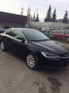 2015 Chrysler 200 mint condition