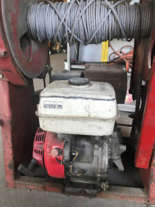 Roofing Equipment, Roof Hoist, Roof Cutter, Roof Kettle,