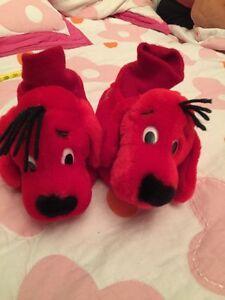 Pantoufles pour enfant chien rouge