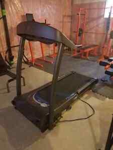 Complete home gym London Ontario image 7