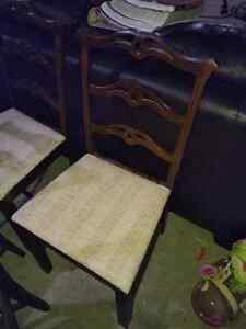 4 antique chairs Kitchener / Waterloo Kitchener Area image 2