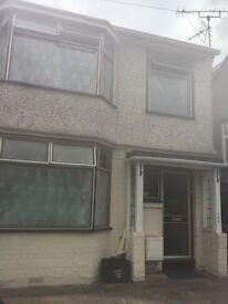 Urgent!!! House for Rent popular area Luton