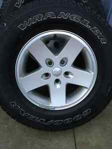 5 Jeep Tires and Rims P255/75 17 London Ontario image 5