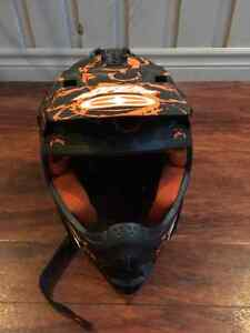 No fear downhill helmet