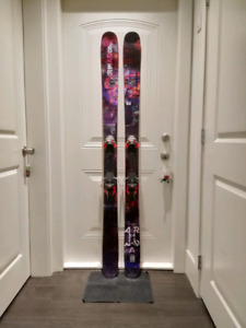 PRICE REDUCED 2018 Armada ARV 106 skis with Warden 13 MNC bindin