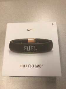 Nike Fuelband - Rose Gold Limited Edition
