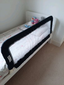 Safety 1st toddler bed rail portable