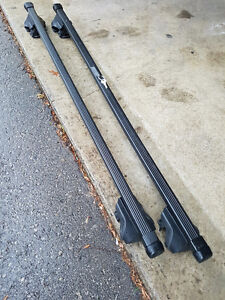 Thule roof rack crossbars for raised factory rails (EXCELLENT)