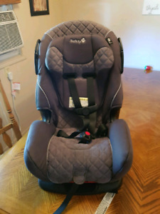 Safety 1st alpha omega 3 in 1 carseat