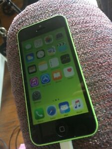 Green iPhone 5c 16GB locked to FIDO