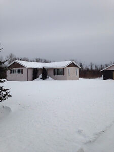 Cozy country home for rent in Cochrane Ont.  *Available June 1st