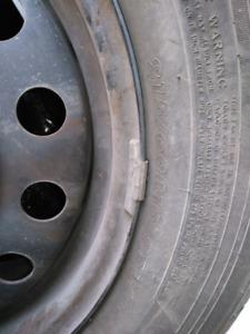 215/60R16 Tires on rims |  Pneus sur jantes