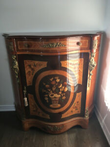 Moving Sale - Furniture - Hutch, Buffet, Dining Table, Chairs