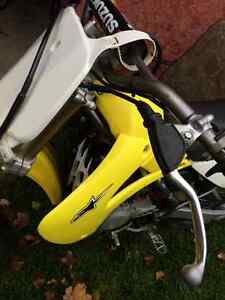 RM-85 Suzuki 2-stroke DIRT BIKE fast pit bike Kitchener / Waterloo Kitchener Area image 6