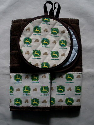 John Deere tractor kitchen towels and 2 potholders