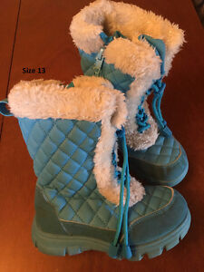 Size 11 - 13 Winter boots - Girls London Ontario image 3