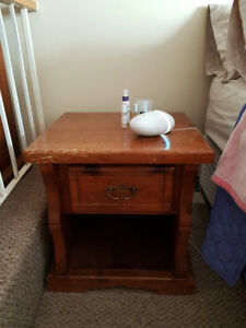 Solid wood nightstand/Bedside table