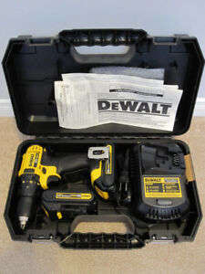DEWALT DCD780C2 20V MAX Drill Driver Kit w/ Case Charger 2 Batts