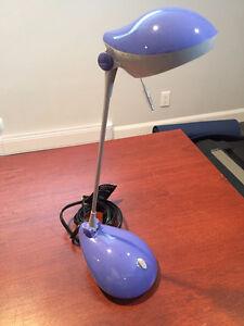 Desk Lamp / Lampe
