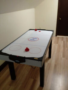 Air Hockey Table 3' x 5 ' x 3'