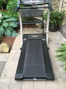 Treadmill Pro Form LX 660 Excellent Condition