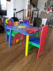 Petite table chaises pour enfant
