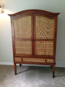 Reduced Price — Gorgeous TV/stereo cabinet for sale