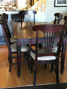 Dining Room Table and 6 Chairs - Made in Quebec, Canada