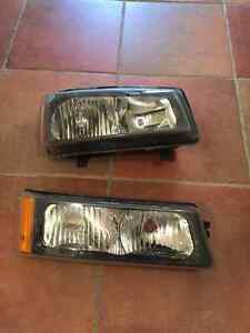 2006 chev Silverado Head lights
