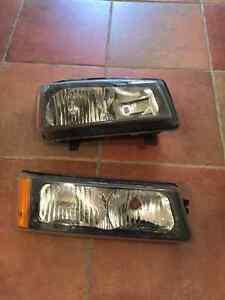2006 chev Silverado Head lights